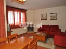 Apartament, 80.00 m², 2 bedrooms, near bus and train