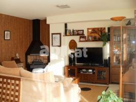 For rent Houses (terraced house), 301.00 m², 4 bedrooms, almost new