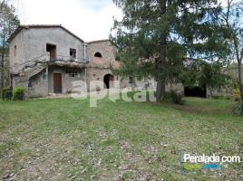 Houses (country house), 600.00 m², near bus and train
