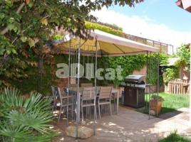 Houses (detached house), 220.00 m², almost new