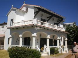 For rent terraced house, 260.00 m²