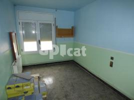 Flat, 171 m², near bus and train