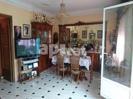 Houses (terraced house), 804.00 m², close to bus and metro
