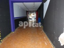 For rent business premises, 164.00 m², close to bus and metro, de Tamarit