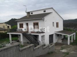 Houses (detached house), 248 m², near bus and train