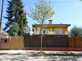 Houses (terraced house), 265.00 m², near bus and train, Lleida