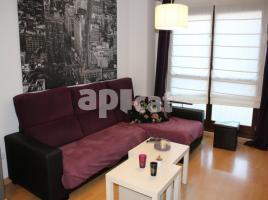 Duplex, 100.00 m², near bus and train, almost new