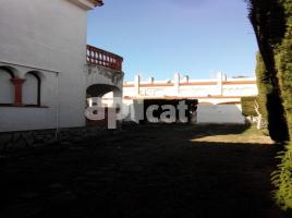 Houses (detached house), 150.00 m², near bus and train