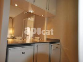 New home - Flat in, 45 m², close to bus and metro