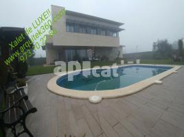 Houses (villa / tower), 450.00 m², almost new