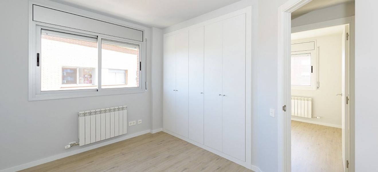New home - Flat in, 106 m², near bus and train, new