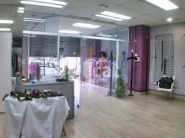 Shop, 106.00 m², near bus and train, Apenins