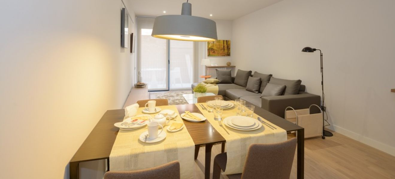 New home - Flat in, 67 m², near bus and train, new