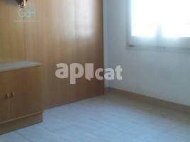 Flat, 112 m², near bus and train