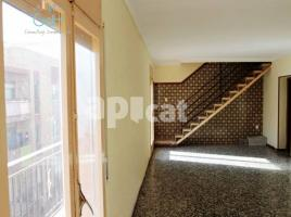Flat, 105 m², near bus and train