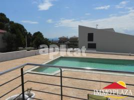 Houses (villa / tower), 980.00 m²