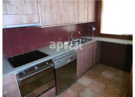 For rent flat, 54.4 m², centre