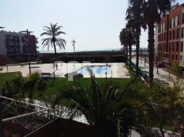 Flat, 97.00 m², near bus and train, almost new, de Rafael Casanova