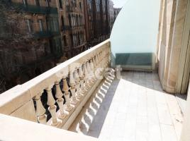 New home - Flat in, 130 m², close to bus and metro, Eixample Dreta