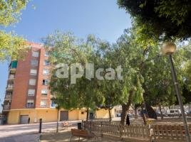 Flat, 76 m², near bus and train, Remolar