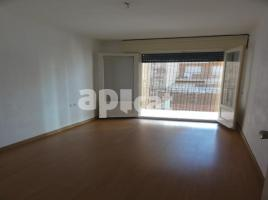 For rent flat, 60.00 m², near bus and train, Santiago Apòstol