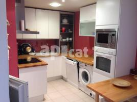 For rent apartament, 100 m², near bus and train