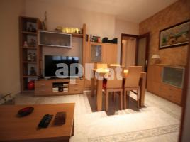 Houses (detached house), 136 m², near bus and train, almost new